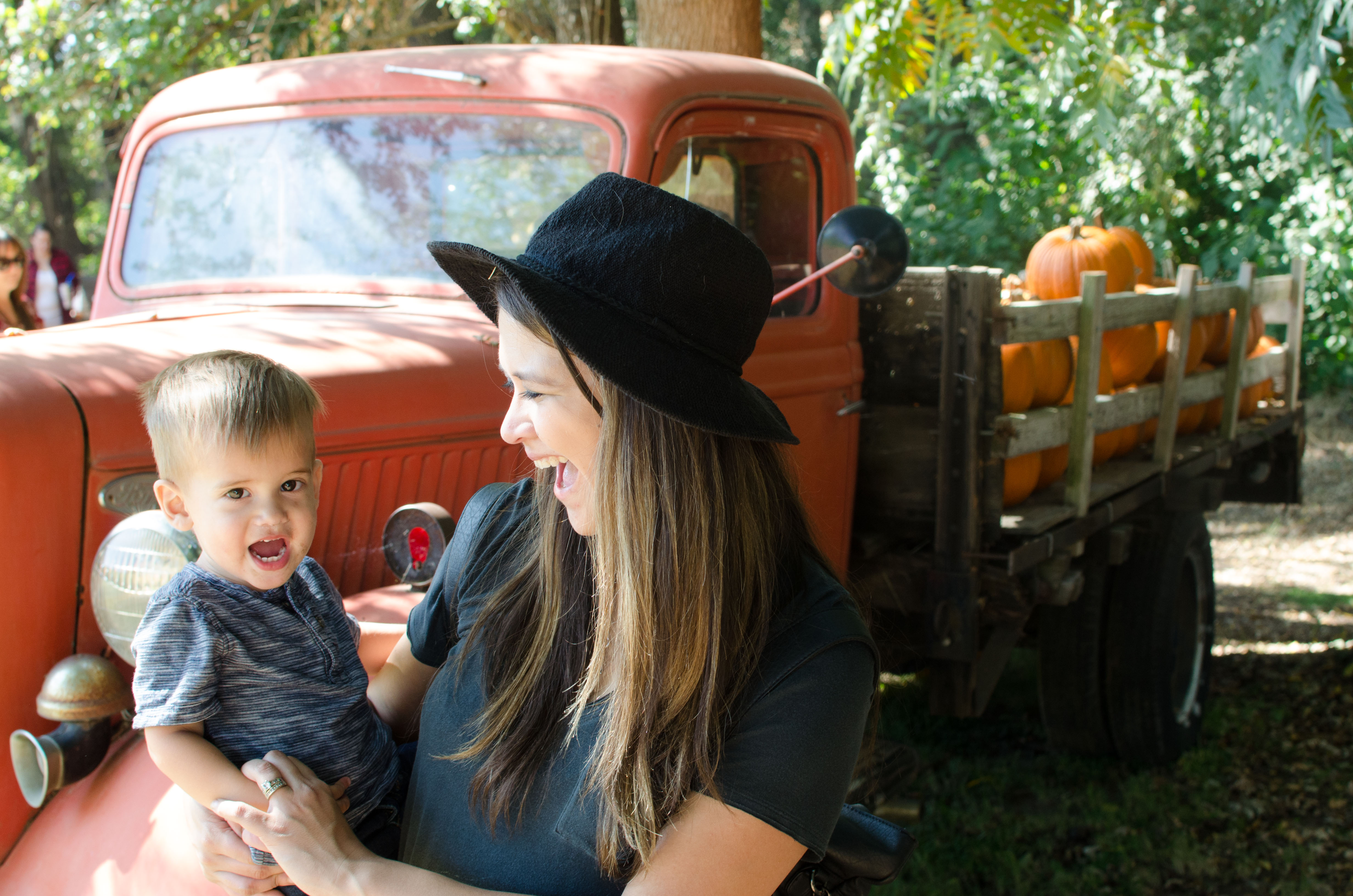 The Reality of Taking a Toddler to the Pumpkin Patch